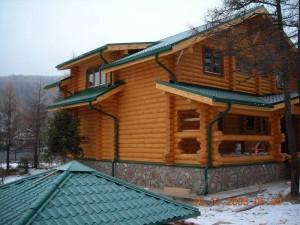 дом на базе сруба ручной рубки