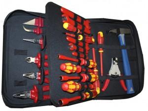 Обязательные инструменты для электромонтера