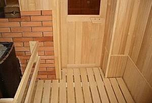 Особенности дверей для бань или саун