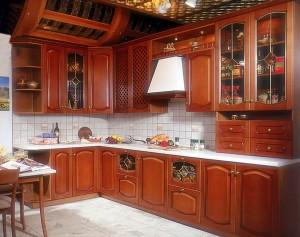 Кухонная мебель из вишни