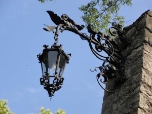 Красивые кованые фонари